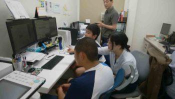 中広中学校の生徒が職場体験に来ました
